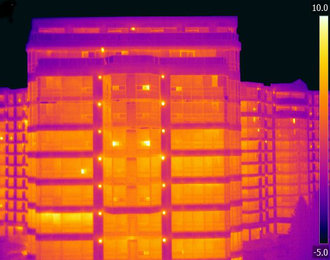 Thermographie de facade par drone, building facade inspection with thermal imaging drone
